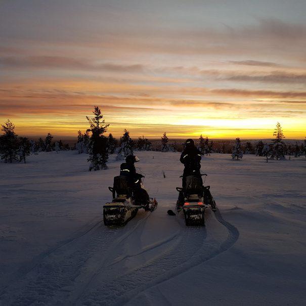 Snowmobile safari - Ivalo - Inari - Saariselkä