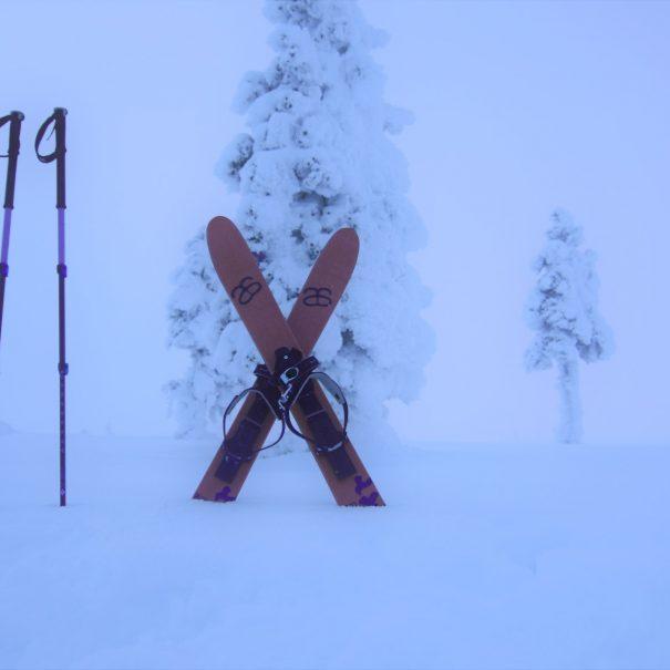 Crossed skies - Altai skiing in Ivalo - Inari - Saariselka